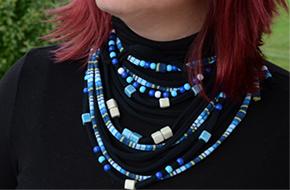 Modna ogrlica kot šal